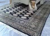 Vendo alfombra de seda negra!!buen estado!