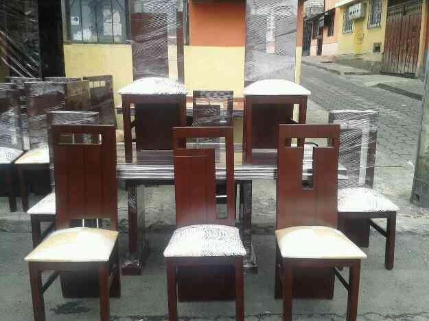 Vendo Juegos De Comedor Lineales De 6 Y 8 Sillas Quito Doplim