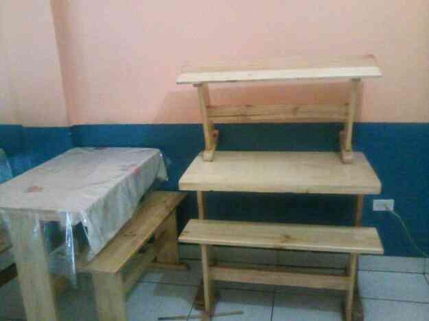 Vendo 6 mesas de comedor con sus pares de sillas