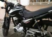 Vendo moto daytona casi nueva