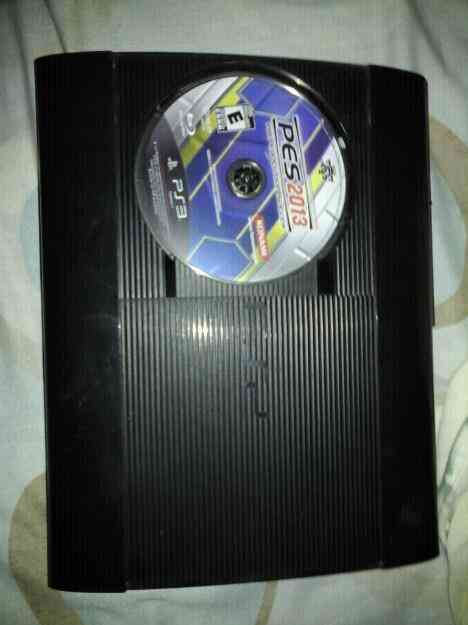 Vendo play 3 super slim de 500 gb