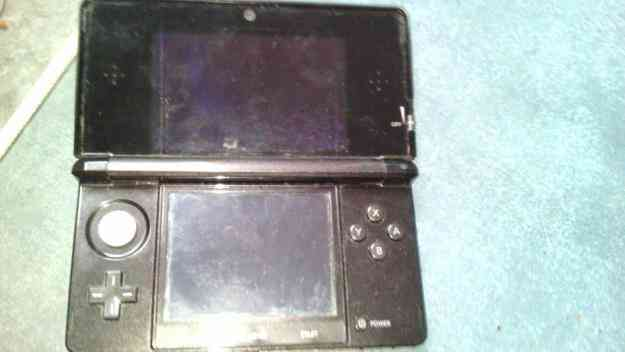 VENDO NINTENDO 3 DS,BUEN ESTADO!