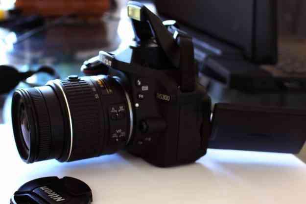 Excelente Nikon D5300 de 24 Megapixeles full HD