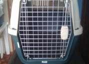 Kennels o jaulas transportadoras para mascotas