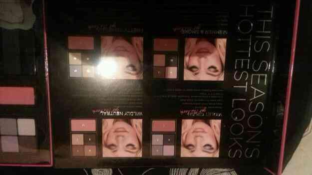 Vendo Caja de maquillaje Victorias Secret