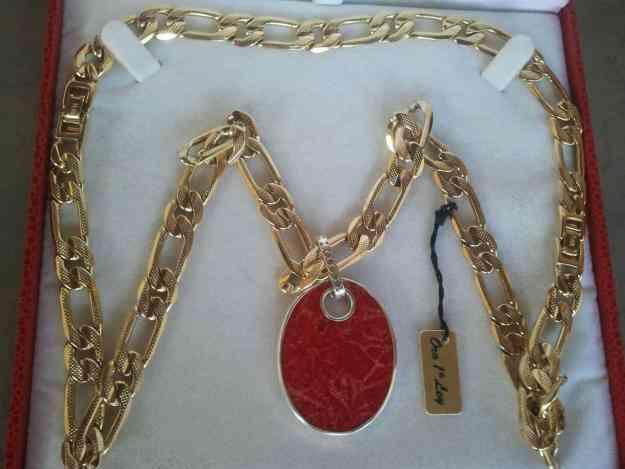 Vendo Cadena de aleación de platino con oro de 24 kilates