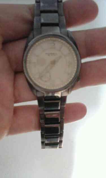Vendo Reloj Fossil de mujer usado