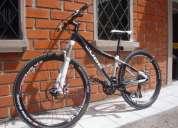 Vendo bicicleta cube access flamante componentes