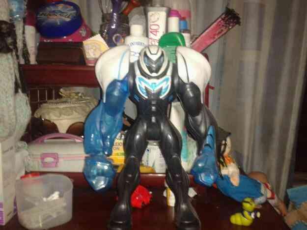 Vendo un juguete Max estil algo usado
