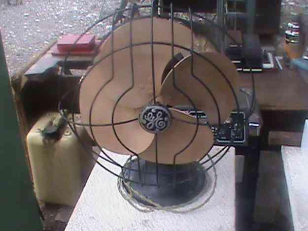 Vendo ventilador antiguo general electric funcionando de tres velocidades