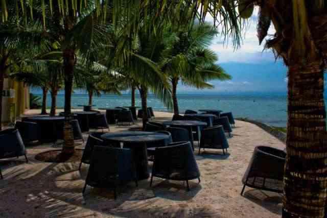 Alquiler lujosa Suite en Tonsupa en Makana Resort frente al mar con playa privada