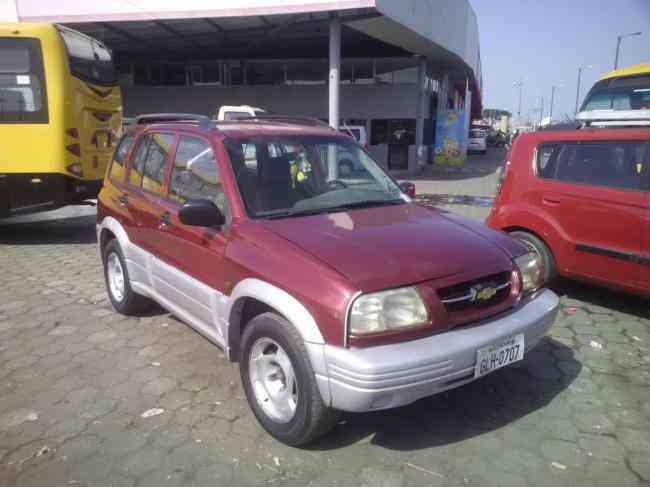 Chevrolet Grand Vitara DLX 2001