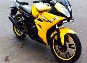 Venta moto año 2013 al dia