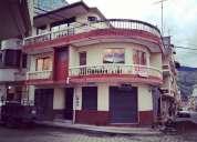 Casa Con 4 Locales Comerciales Y Un Departamento 480 000 3 dormitorios 520 m2