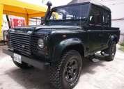 Excelente land rover defender 110 td5 2002 camioneta