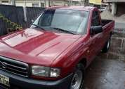 Vendo mazda b2200 flamantita