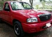 Camioneta mazda b2200 año 2006..