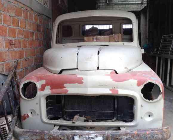 Excelente Carro Clásico En Restauración
