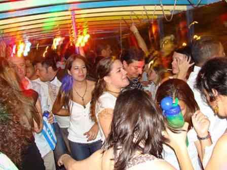 Chivas fiestas de Quito