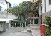 Vendo o cambio propiedad compuesta por  2 casas en quito  ecuador, sector chillogallo