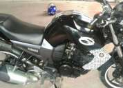 Vendo moto en buen estado,contactarse!