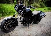 Vendo excelente moto tipo chooper al día