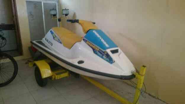 Excelente Moto de agua SEA DOO Bombardier