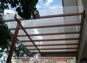 Pergolas de madera con policarbonato o vidrio