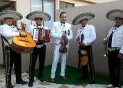 Show elegante, divertido y una excelente voz. 0984221138 whatsapp precios de mariachis en quito
