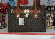 Venta de bolsos y carteras para damas