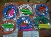 Cuerdas para saltar en variados colores
