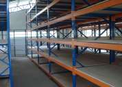 Sistemas de almacenamiento (racks, estanterias, perchas)