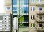 Electricista mantenimiento y reparación de circuitos eléctricos y electrónicos.