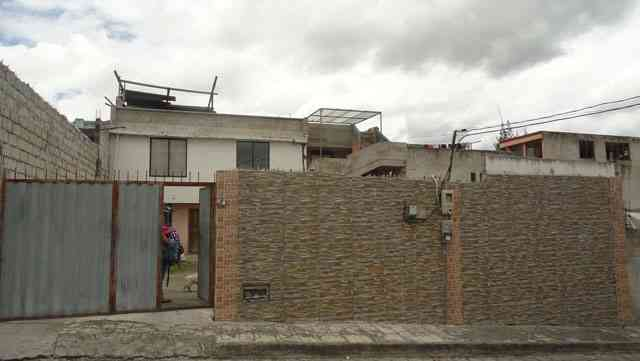 VENDO CASA EN CIUDADELA JACINTO COLLAHUAZO 1 ETAPA DE OTAVALO