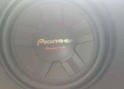 Vendo excelente bajo pioneer 1400 wats