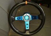 Bonito volante deportivo totalmente nuevo