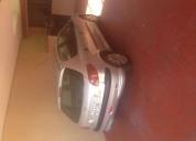 vendo bonito automóvil,contactarse.