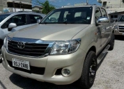 Excelente toyota hilux 2014 doble cabina