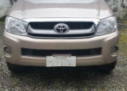 Excelente toyota hilux 4x4