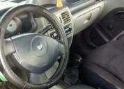 Renault clio 1.4 del 2006 full aire acondicionado