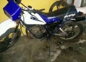 Excelente moto yamaha 175