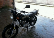 Vendo moto yamaha,contactarse.