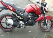 Vendo linda moto yamaha