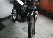Vendo moto yamaha en buen estado