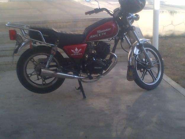 vendo o cambio Hermosa moto