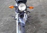 Excelente moto suzuki