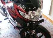 Vendo excelente moto hero karizma motor 230cc