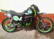 Vendo moto suzuki 185,contactarse.