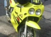 Vendo moto suzuki 1100cc,contactarse.
