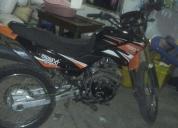 Vendo moto año 2012
